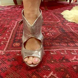Shoes - Metallic heels